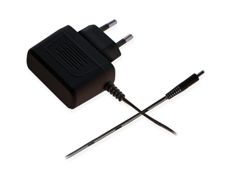 luvion-essential-black-adapter