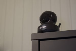 luvion essential black edition sfeer camera